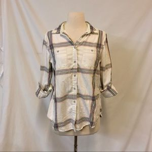 Stylus White with Plaid Button Down Shirt Size M